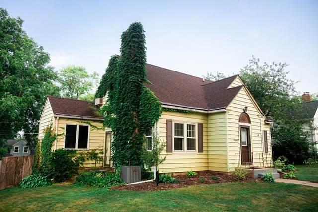 816 College Street, Cedar Falls, IA 50613 (MLS #20213630) :: Amy Wienands Real Estate