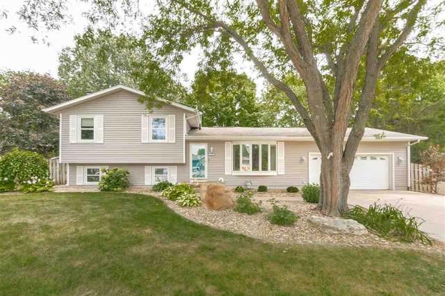 1128 Warwick Drive, Cedar Falls, IA 50613 (MLS #20213631) :: Amy Wienands Real Estate