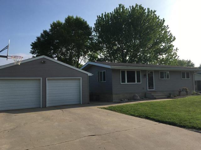 1325 Circle, Aplington, IA 50604 (MLS #20176029) :: Amy Wienands Real Estate