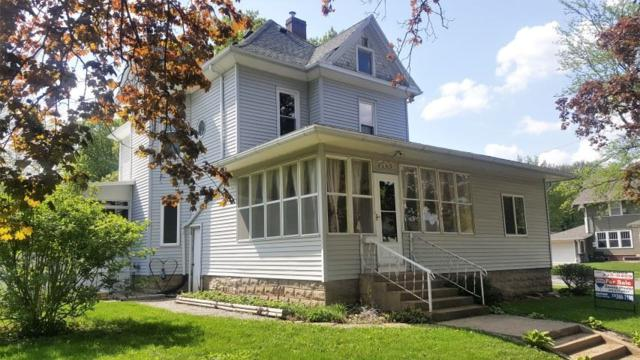703 Walnut Street, Cedar Falls, IA 50613 (MLS #20182030) :: Amy Wienands Real Estate
