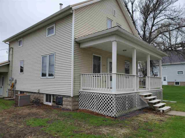805 Franklin Street, Elgin, IA 52141 (MLS #20190626) :: Amy Wienands Real Estate