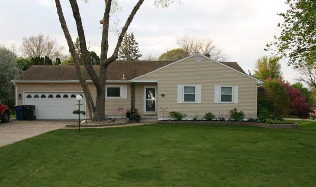 2166 Country Lane, Waterloo, IA 50701 (MLS #20192524) :: Amy Wienands Real Estate