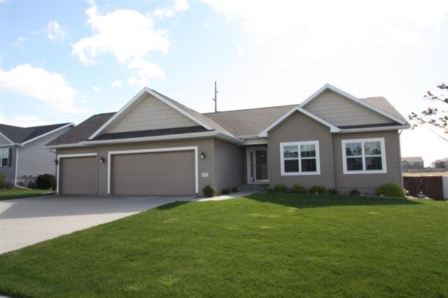 4835 Yellowstone Drive, Waterloo, IA 50701 (MLS #20192560) :: Amy Wienands Real Estate