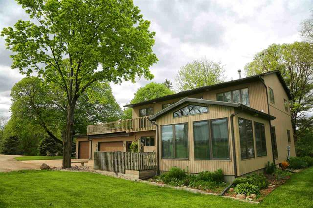 1620 E Bremer Avenue, Waverly, IA 50677 (MLS #20192582) :: Amy Wienands Real Estate