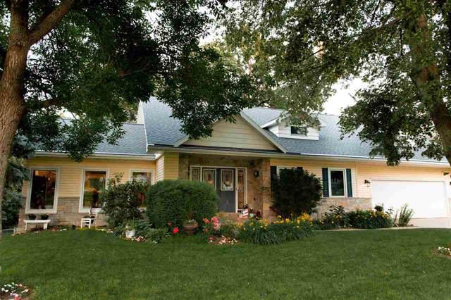 2627 Minnetonka Drive, Cedar Falls, IA 50613 (MLS #20195600) :: Amy Wienands Real Estate