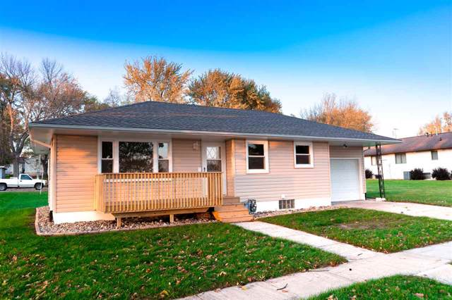 905 M Avenue, Grundy Center, IA 50638 (MLS #20195695) :: Amy Wienands Real Estate