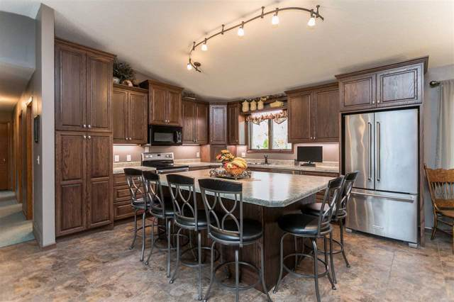 500 Upper Terrace Drive, Independence, IA 50644 (MLS #20195751) :: Amy Wienands Real Estate