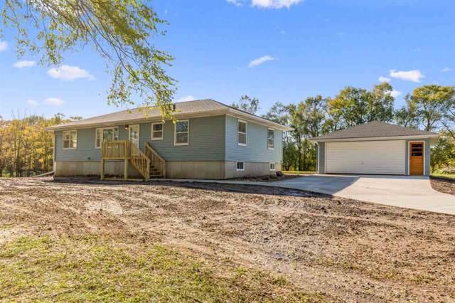 109 E E Lone Tree Road, Cedar Falls, IA 50613 (MLS #20195895) :: Amy Wienands Real Estate