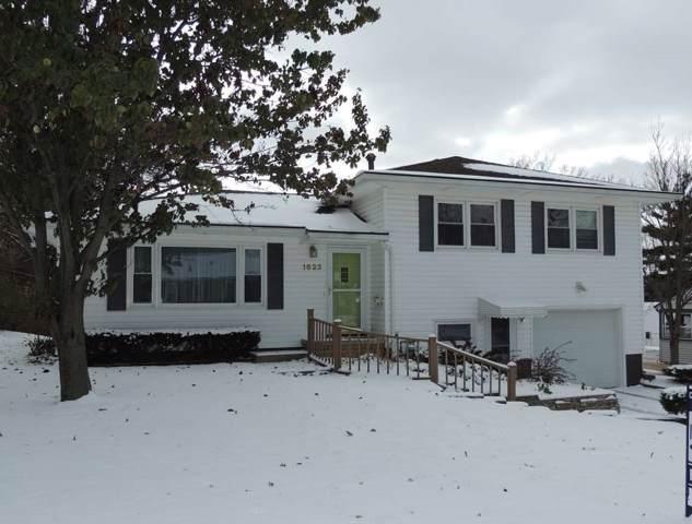 1623 Parker Street, Cedar Falls, IA 50613 (MLS #20196065) :: Amy Wienands Real Estate