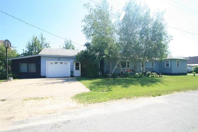 476 NE Elm Street, New Albin, IA 52160 (MLS #20200225) :: Amy Wienands Real Estate