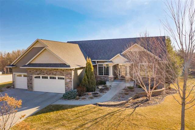 4227 Wynnewood Drive, Cedar Falls, IA 50613 (MLS #20201148) :: Amy Wienands Real Estate