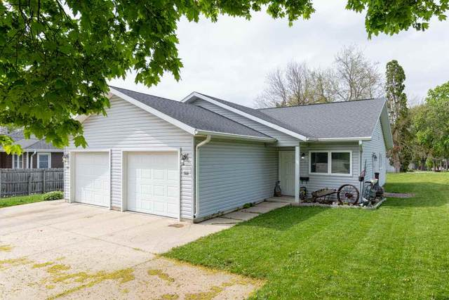 306-308 Martin Rd, Waterloo, IA 50701 (MLS #20202258) :: Amy Wienands Real Estate