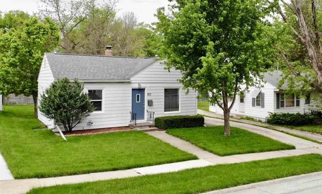 1611 Schreiber, Cedar Falls, IA 50613 (MLS #20202372) :: Amy Wienands Real Estate