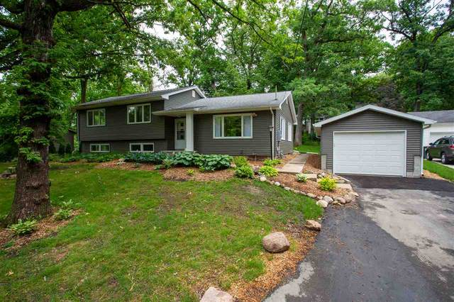 1500 W Ridgewood, Cedar Falls, IA 50613 (MLS #20202611) :: Amy Wienands Real Estate
