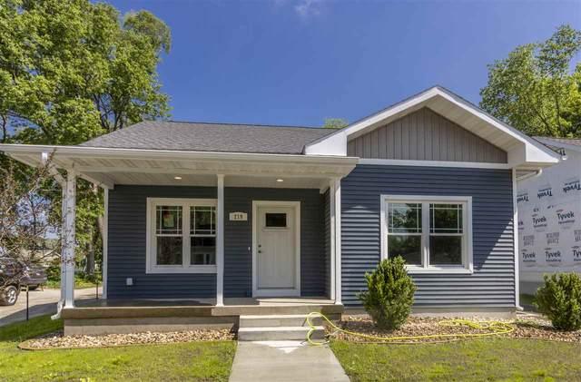 219 Newell Street, Waterloo, IA 50703 (MLS #20202649) :: Amy Wienands Real Estate