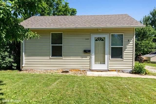 1402 Wilson Avenue, Waverly, IA 50677 (MLS #20203404) :: Amy Wienands Real Estate