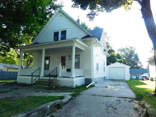 704 Clinton Street, Charles City, IA 50616 (MLS #20203504) :: Amy Wienands Real Estate
