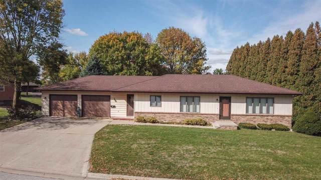 1304 Circle Drive, Aplington, IA 50604 (MLS #20204334) :: Amy Wienands Real Estate