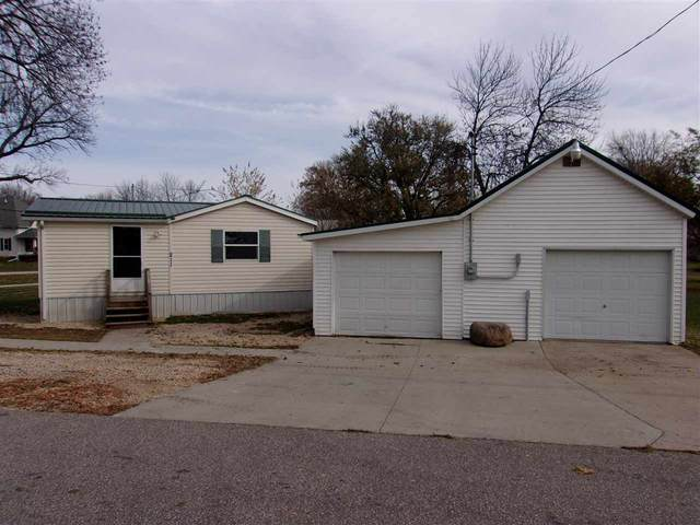 211 Beckner Street, Greeley, IA 52050 (MLS #20204940) :: Amy Wienands Real Estate