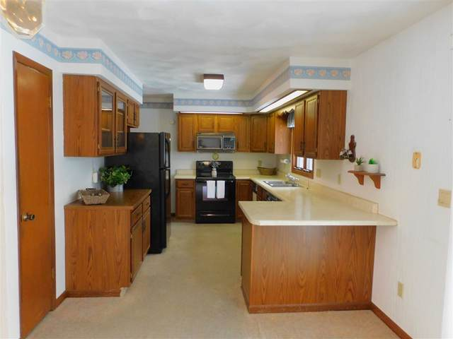 140 Nelson Circle, Manchester, IA 52057 (MLS #20210115) :: Amy Wienands Real Estate