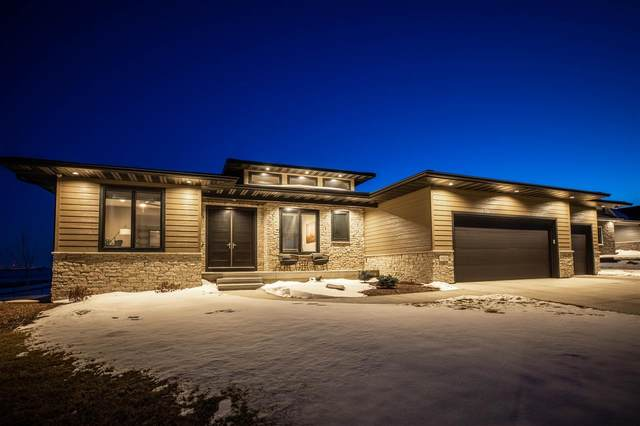 1429 Green Creek Road, Cedar Falls, IA 50613 (MLS #20210130) :: Amy Wienands Real Estate