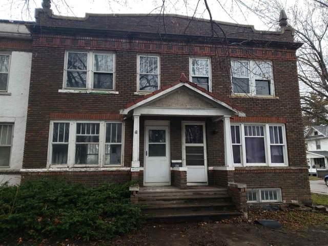 402 Oaklawn Avenue, Waterloo, IA 50701 (MLS #20210438) :: Amy Wienands Real Estate
