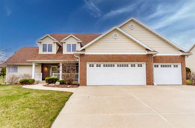 2704 Country Meadow Lane, Cedar Falls, IA 50613 (MLS #20210549) :: Amy Wienands Real Estate