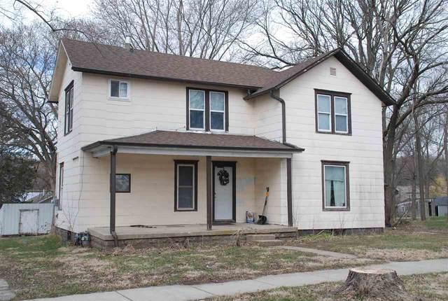 610 King Street, Fayette, IA 52142 (MLS #20210631) :: Amy Wienands Real Estate
