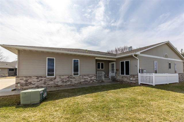 4412 Nostalgia Lane, Waterloo, IA 50701 (MLS #20210763) :: Amy Wienands Real Estate