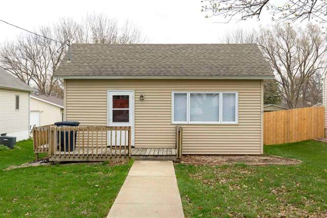 412 1St., Parkersburg, IA 50665 (MLS #20211355) :: Amy Wienands Real Estate