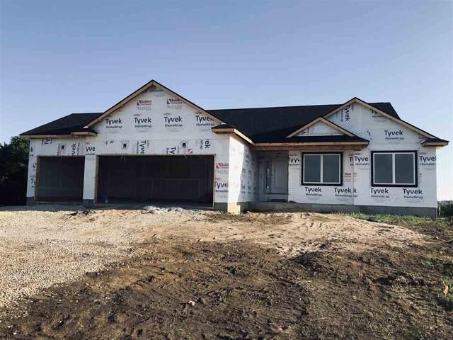 2823 Arbor Ridge Road, Cedar Falls, IA 50613 (MLS #20211836) :: Amy Wienands Real Estate