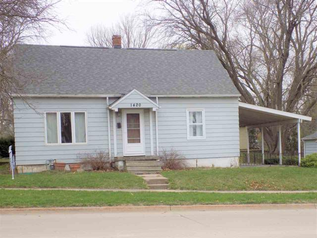 1420 E Mitchell Avenue, Waterloo, IA 50702 (MLS #20182178) :: Amy Wienands Real Estate
