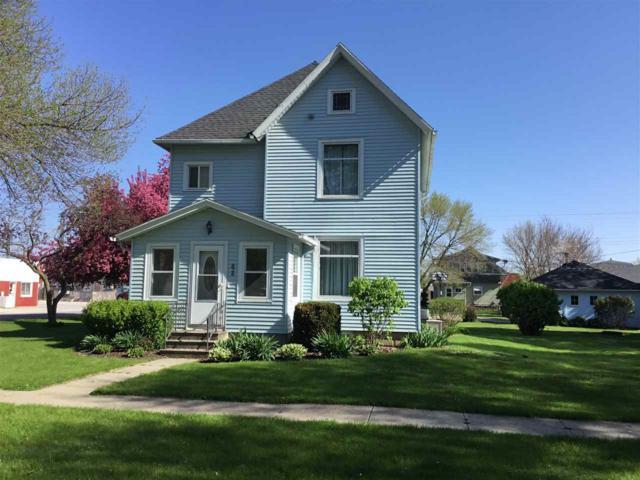 826 Nash, Aplington, IA 50604 (MLS #20191514) :: Amy Wienands Real Estate