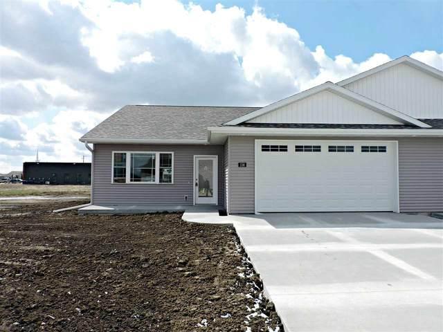 156 W James Street, Jesup, IA 50648 (MLS #20200623) :: Amy Wienands Real Estate