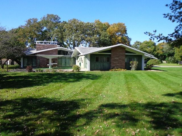 100 NE 12th Avenue, Independence, IA 50644 (MLS #20165995) :: Amy Wienands Real Estate