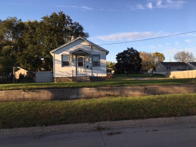 253 Monroe, Waterloo, IA 50703 (MLS #20175693) :: Amy Wienands Real Estate