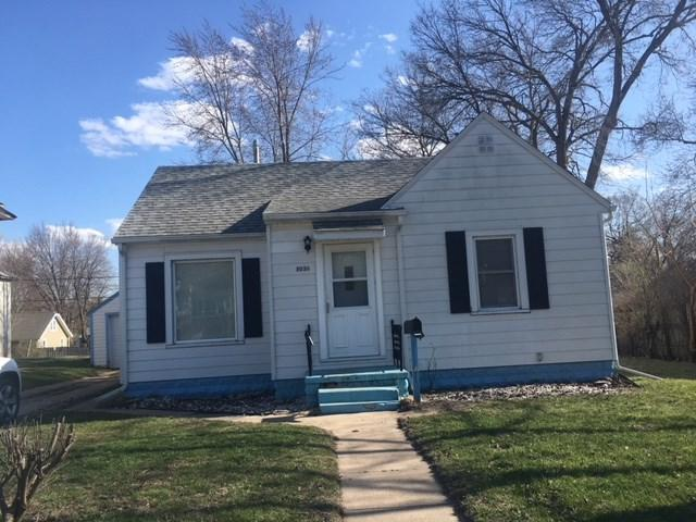 1036 Independence, Waterloo, IA 50703 (MLS #20182152) :: Amy Wienands Real Estate