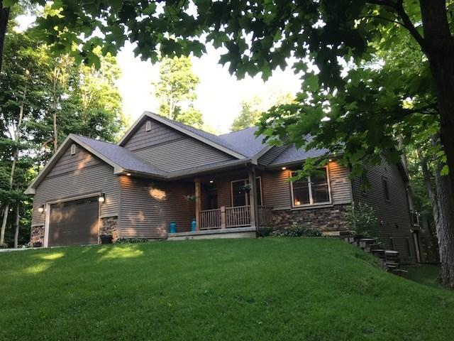 101 Country Hills Lane, Denver, IA 50622 (MLS #20183489) :: Amy Wienands Real Estate