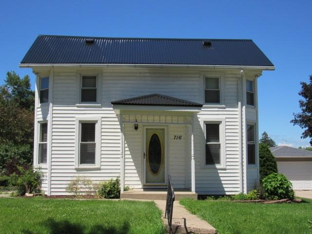 716 5th Street Sw, Cascade, IA 52033 (MLS #20183564) :: Amy Wienands Real Estate