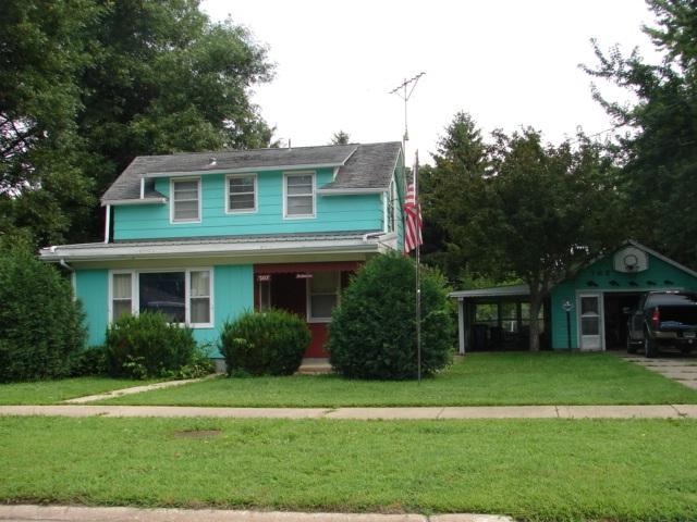 207 15th Avenue, Charles City, IA 50616 (MLS #20183916) :: Amy Wienands Real Estate