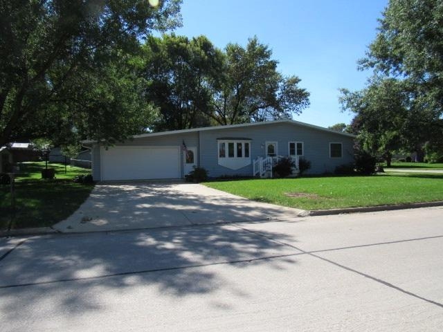 527 Brook Street, Monticello, IA 52310 (MLS #20185137) :: Amy Wienands Real Estate