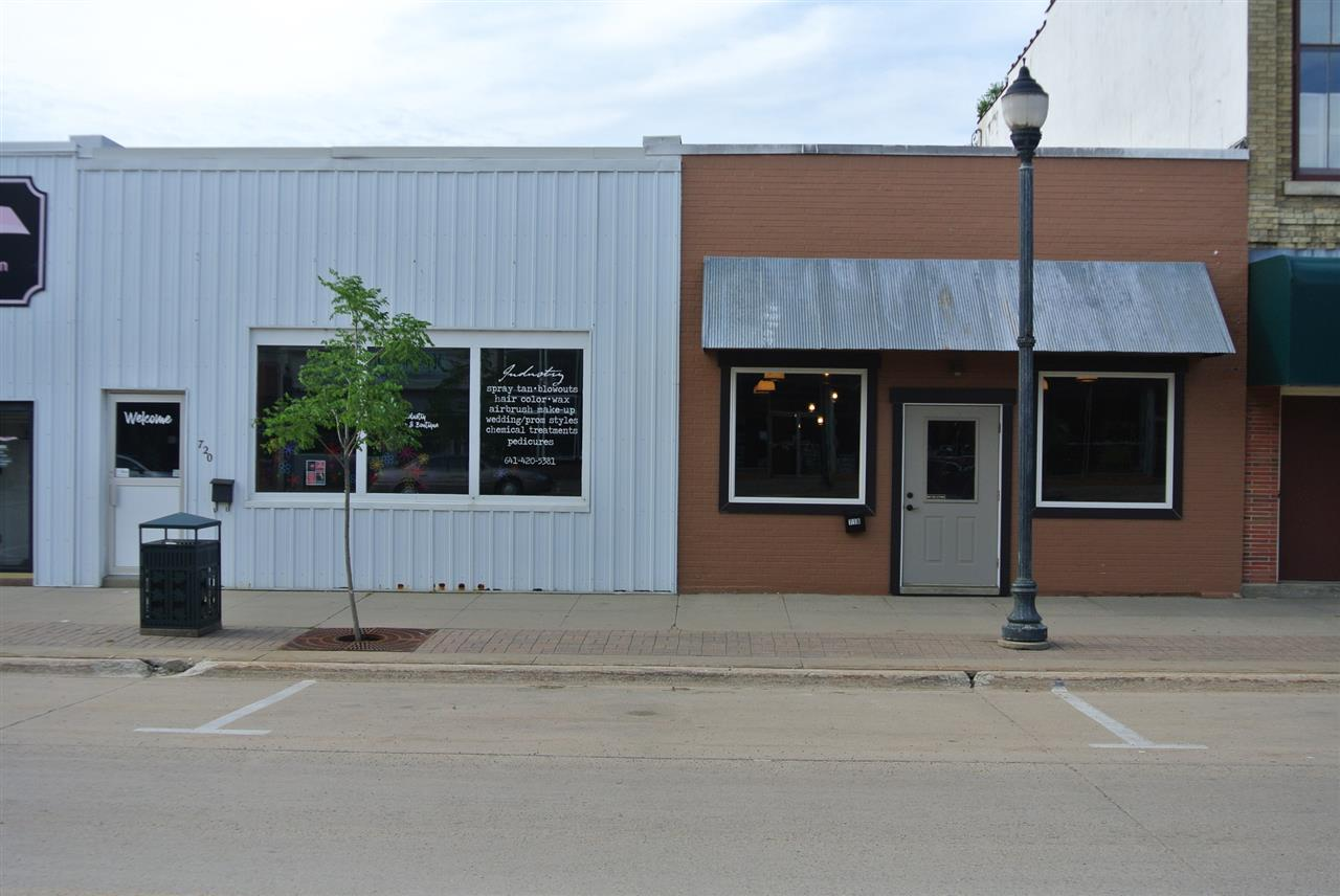 720 Main Street - Photo 1
