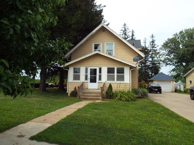 429 W Mission, Strawberry Point, IA 52076 (MLS #20193986) :: Amy Wienands Real Estate