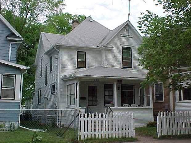 126 Harrison, Waterloo, IA 50703 (MLS #20195033) :: Amy Wienands Real Estate