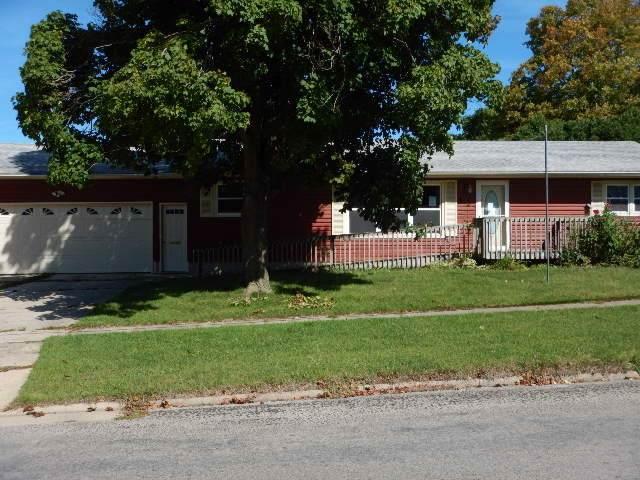 617 SE 2nd Street, Oelwein, IA 50662 (MLS #20195119) :: Amy Wienands Real Estate