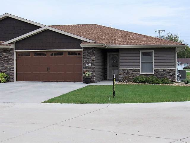 504 Locust Court, Monticello, IA 52310 (MLS #20195541) :: Amy Wienands Real Estate