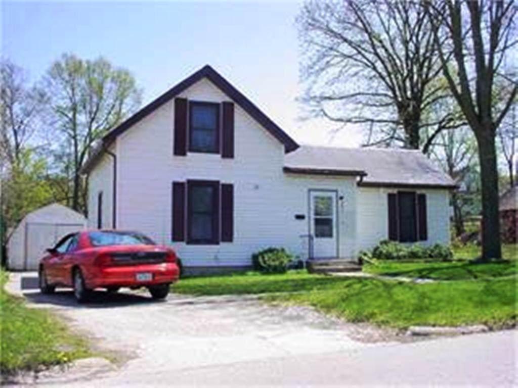 204 South Iowa - Photo 1