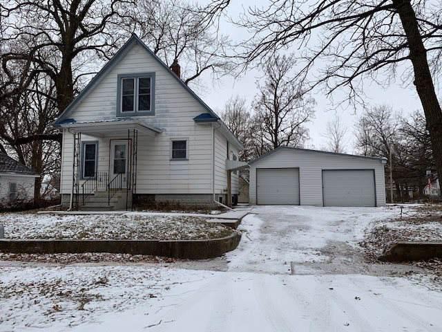 112 SW 4th Avenue, Oelwein, IA 50662 (MLS #20195940) :: Amy Wienands Real Estate