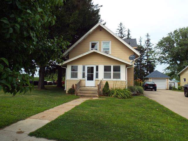 429 W Mission, Strawberry Point, IA 52076 (MLS #20196098) :: Amy Wienands Real Estate