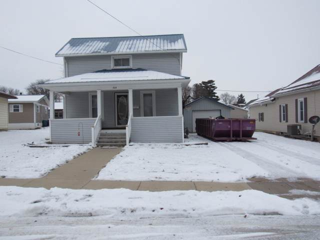 309 E Cherry Street, Monticello, IA 52310 (MLS #20200304) :: Amy Wienands Real Estate